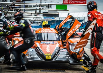 LMP2 pit stop at silverstone