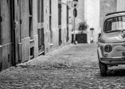Fiat 500 in Rome street