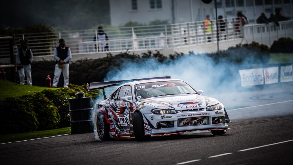 drift car smoking tyres