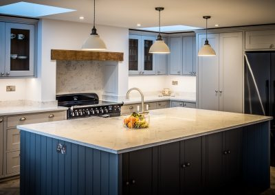 Bespoke kitchen cabinets and drawers - The Chinthurst Group