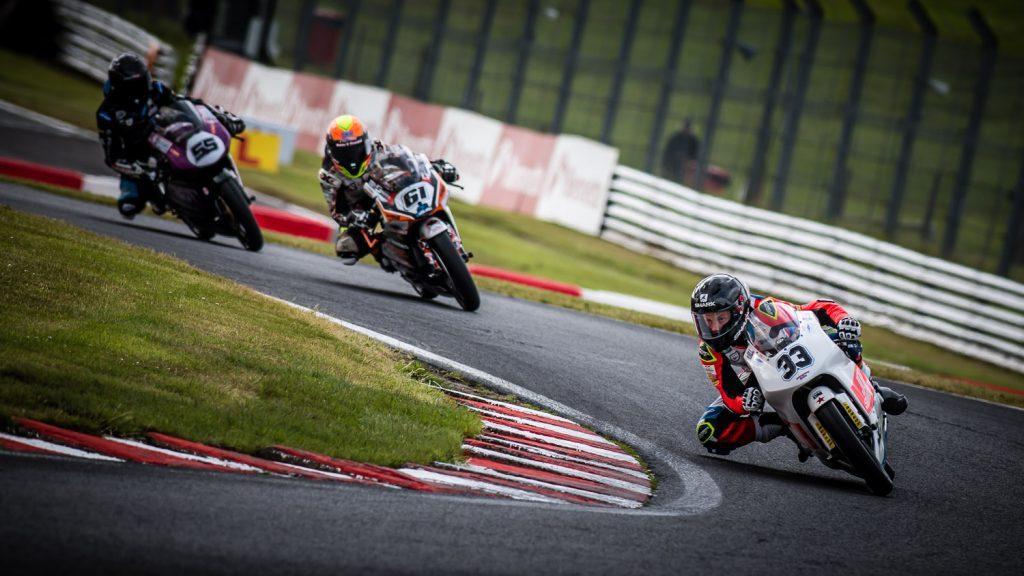 motorbike racing Ian Skelton Photography